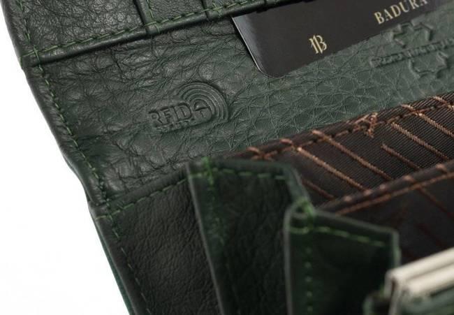 Klasyczny portfel damski Badura B-72401P-SH zielony