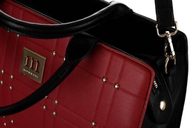 Kuferek czarno-czerwony zdobiony ćwiekami Monnari BAG2210-M20