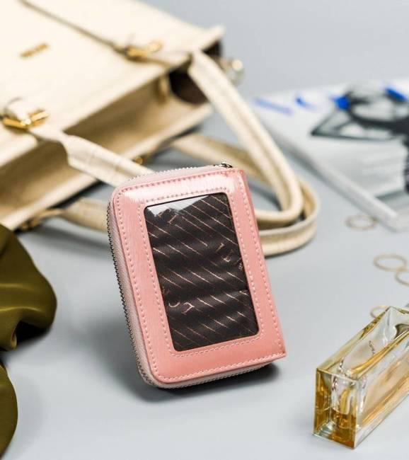 Lakierowany portfel damski różowy Lorenti 5157-SH NAPIS SALMON
