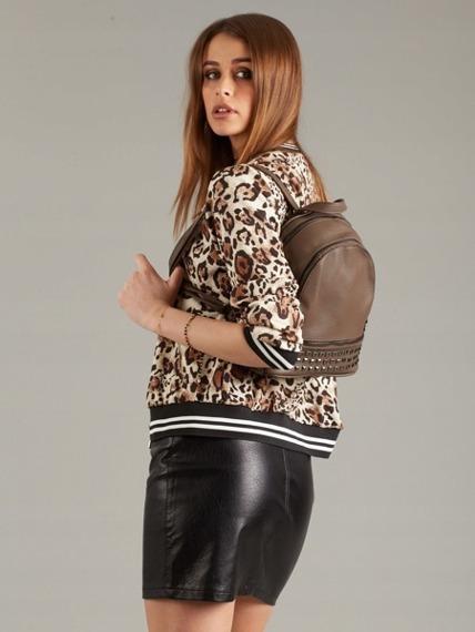 Plecak damski z ćwiekami ciemnobrązowy Bella Belly 2741