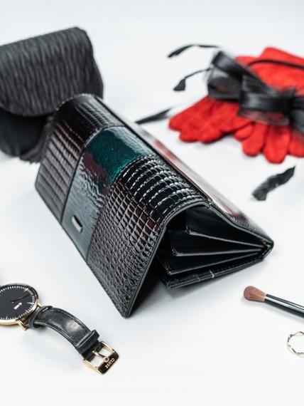 Portfel damski skórzany lakierowany czarny Cavaldi