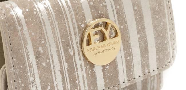 Skórzana portmonetka damska srebrna Forever Young 55287