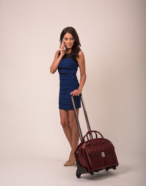 """Skórzana torba damska na laptopa 15,4"""" z odpinanym wózkiem Mcklein Glen Ellyn 94365 czerwona"""