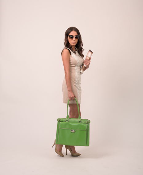 """Skórzana torba damska na laptopa 15,4"""" zielona Mcklein Winnetka 94831"""