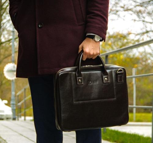 Skórzana torba męska na laptopa ciemnobrązowa SOLIER